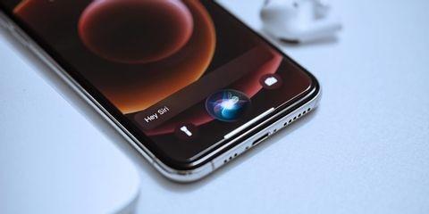 siri-icon-on-iphone-featured